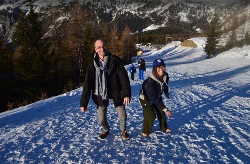 Luca_standing_snow
